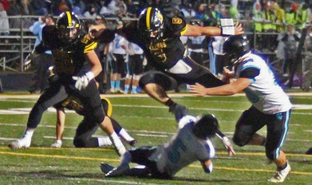 Vinton-Shellsburg Vikings dropped a heartbreaking 18-14 decision to South Tama